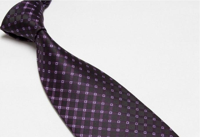 Quality Pure Silk Tie – Purple Diamonds